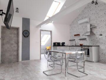 8x8 Tetőtér Apartman Szeged - Szallas.hu