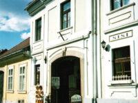 Arany Barokk Apartman Eger - Szallas.hu