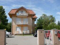 Árnyas Apartmanház Balatonlelle - Szallas.hu