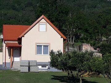 Bazaltorgona Apartman Kisapáti - Szallas.hu