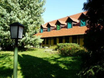 Dánfoki Üdülőközpont Panzió Békés - Szallas.hu