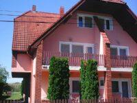 Dózsa Apartman Balatonmáriafürdő - Szallas.hu