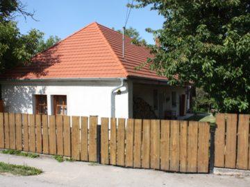 Harmónia Vendégház Zirc - Szallas.hu