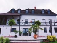 Katzer Villa Badacsonytördemic - Szallas.hu