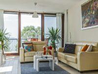 Panoramic Art Apartment with jacuzzi Balatonlelle - Szallas.hu