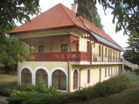 Park Villa Panzió és Konferenciaközpont Csopak - Szallas.hu