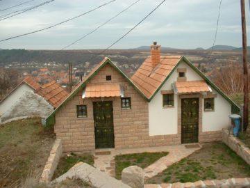 Pásti Pincék és Pihenőházak Cserépfalu - Szallas.hu