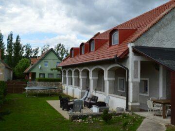 Pécsely House Apartman Pécsely - Szallas.hu