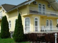 Royal Villa Balatonfüred - Szallas.hu