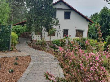 Sumi Rezidencia Vendégház Balatonakarattya - Szallas.hu