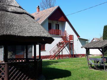 Tiszai Vándor Apartmanház Kisköre - Szallas.hu