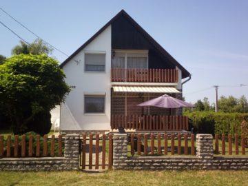 Tóparti Ház Balatonszemes - Szallas.hu