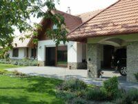 Villa Holiday Apartman Poroszló - Szallas.hu