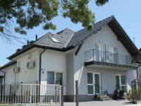 Villa Marina Balatonboglár - Szallas.hu