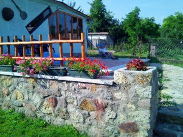 Vladent Vendégház és Életmód Központ Pere - Szallas.hu