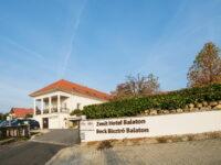 Zenit Hotel Balaton Vonyarcvashegy - Szallas.hu