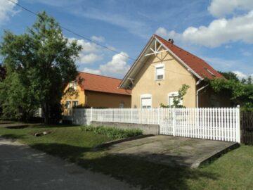 Zsóry Dóri Apartman Szihalom - Szallas.hu