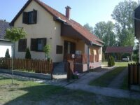 Zsuzsi Üdülőház Kiskunmajsa - Szallas.hu